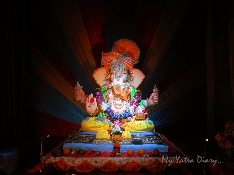 Lighted Ganesha, Ganesh Pandal Hopping, Mumbai