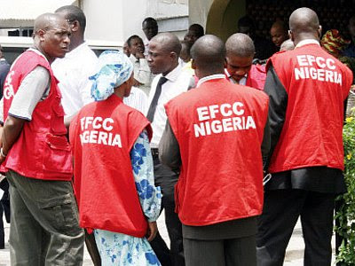 Unidentified gunmen attacked the head office of the Economic and Financial Crimes Commission (EFCC) in Abuja