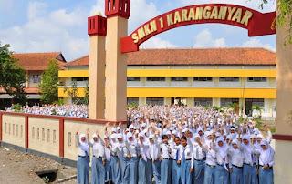 SMK 1 Karanganyar Juara LKS Bidang Bisnis Manajemen