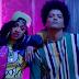 """Bruno Mars divulga remix da faixa """"Finesse"""" com Cardi B acompanhado de clipe"""