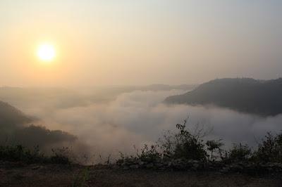 objek wisata tebing watu mabur yogyakarta