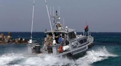 إيطاليا ترفض استقبال سفينة إنقاذ تحمل مهاجرين