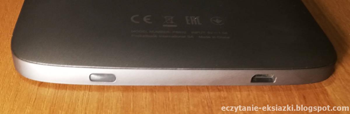 Dolna krawędź czytnika PocketBook Touch HD 3 z wejściem microUSB i włącznikiem