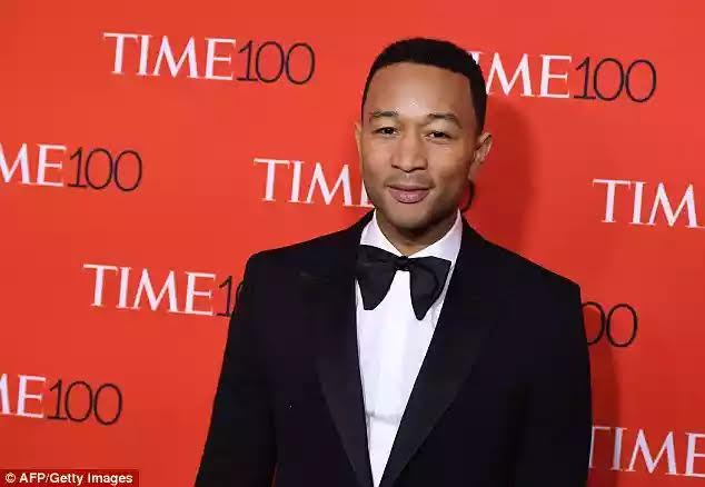 Singer John Legend-bash-Donald-Trump-and-defends-Obama's-$400K-speaking-fee