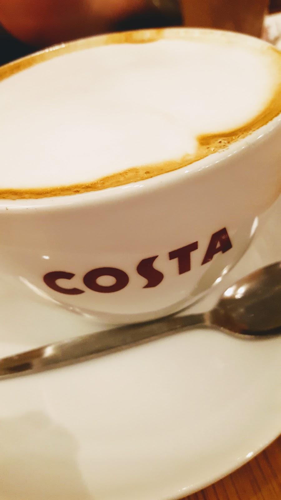 Coffee Shop Treat: Weekend Blog Hop