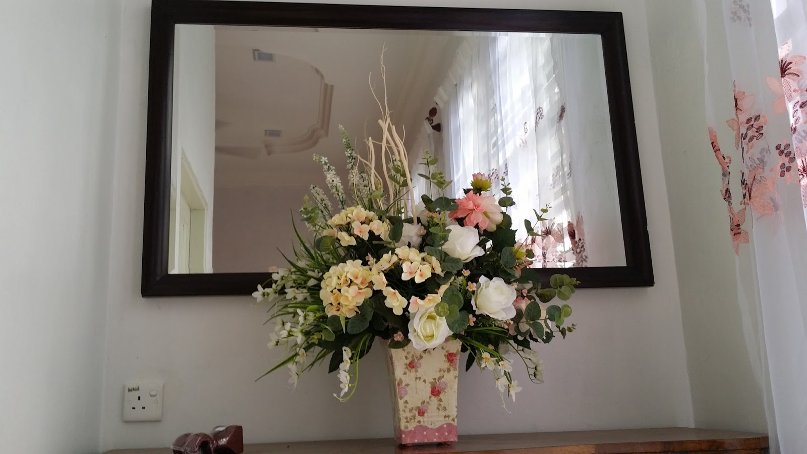 Pasu Bunga Hiasan Dalam Rumah Desainrumahid Ni Baru Berpindah Tempat Tinggal Ingat Masuk Kedai Nak Beli Bubuh Jer