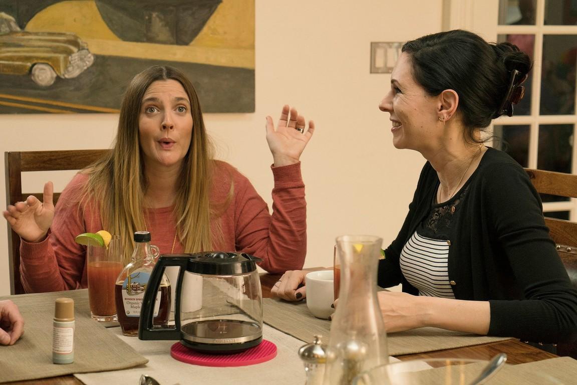 Odd Mom Out - Season 2 Episode 06: Knock of Shame