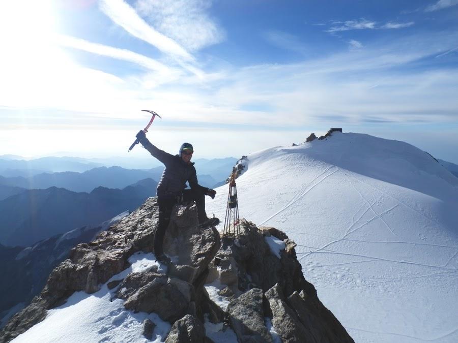 Cumbre-Zumsteinpitze-Cabaña-Margarita-Enlacima