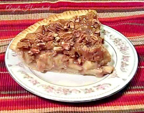 Home Sweet Homestead: Caramel Apple Crisp Pie