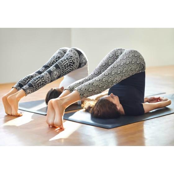 Trẻ hóa làn da nhờ 10 tư thế Yoga