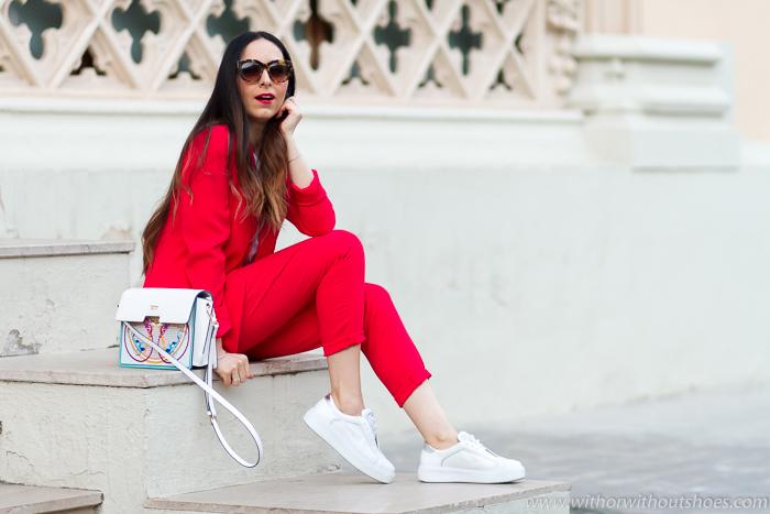 Blogger influencer valenciana con Ideas para vestir mamas comodas estilosas