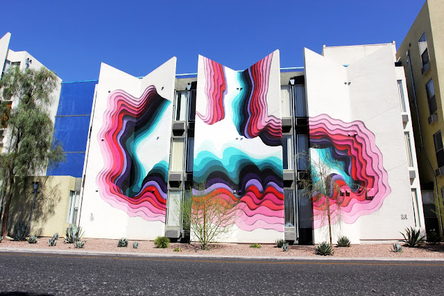 While we last heard from him a few days ago with a massive piece in Paris, 1010 recently stopped by Las Vegas to work his magic on a new building.