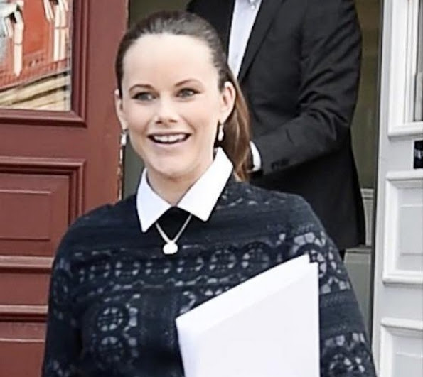Princess Sofia of Sweden visited the surgery service and a patient care department in Sophiahemmet Hospital of Stockholm