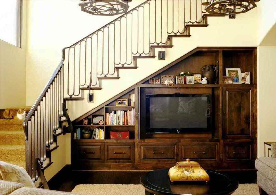 45 Ide Kreatif Memaksimalkan Ruang Bawah Tangga Rumahku Unik Ruang bawah tangga rumah minimalis