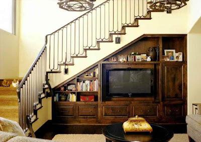 Ruang bawah tangga