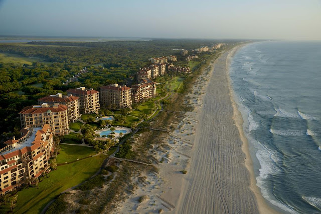 Villas of Amelia Island Plantation exemplifies the perfect balance of modern luxury and environmental sensitivity, comprised of centuries-old live oaks, saltwater marshes, pristine beaches, and surrounded by the beautiful expanse of the Atlantic Ocean. Located just off the coast of Northeast Florida within close proximity to both Jacksonville and Fernandina Beach, Amelia Island is easy to reach, but hard to forget.