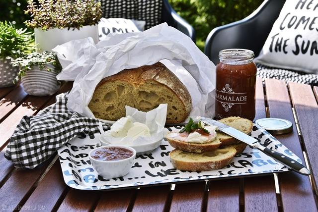 food love | rezept für rhabarber-konfitüre / -marmelade mit vanille und orange auf ziegenfrischkäse | luziapimpinella.com