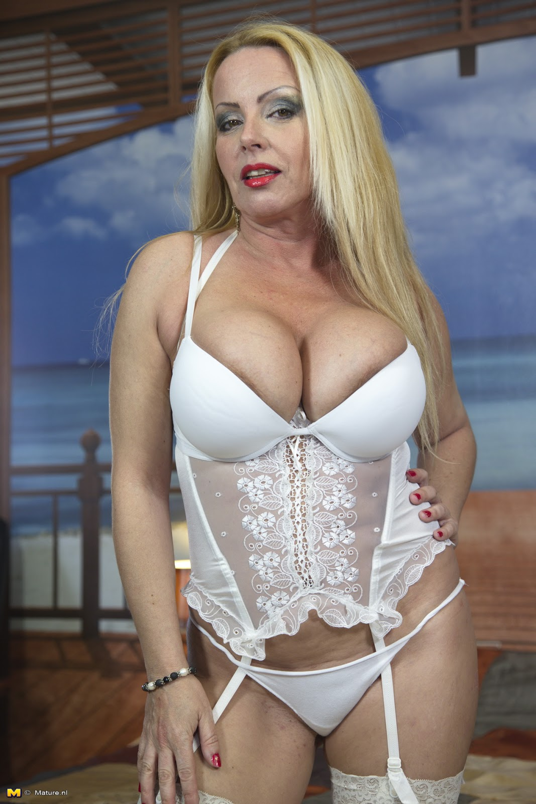 archive of old women Constanza Blonde With Big Breasted