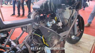 Cafe Racer Bermesin Mobil Toyota Kijang, Gahar Banget Brads!
