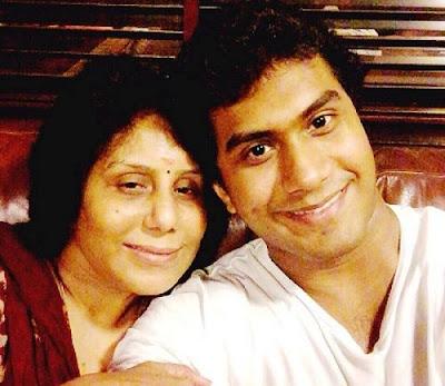 Vishagan Vanangamudi with his mother