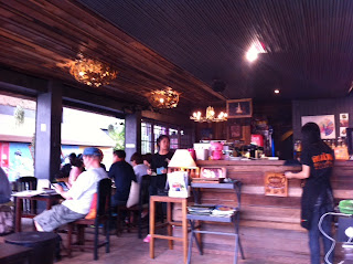 Dinner at Kaffe HUB Restaurant in Chiang Rai