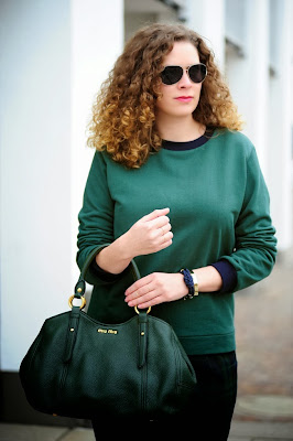 http://seaofteal.blogspot.de/2013/12/green-with-envy.html