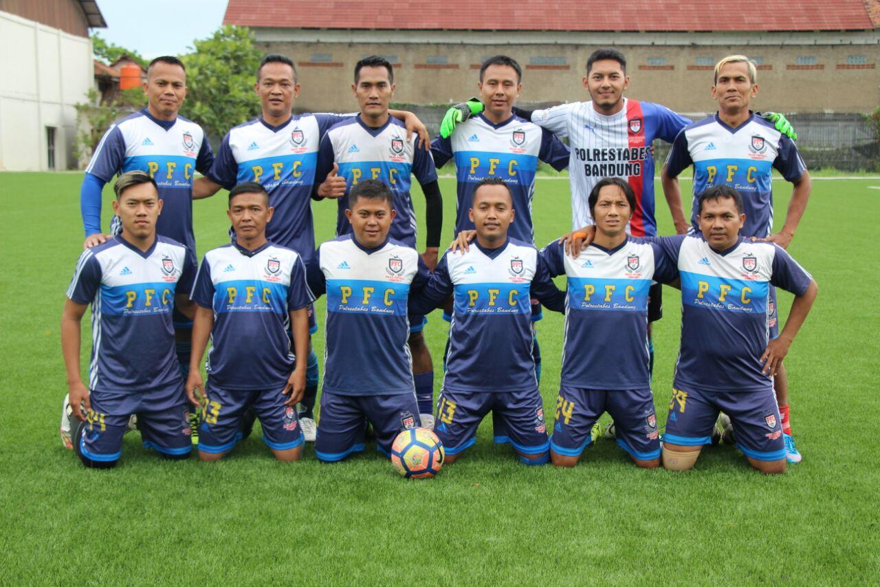 Komunitas sepak bola polisi bandung: BANDUNG PUNYA PFC