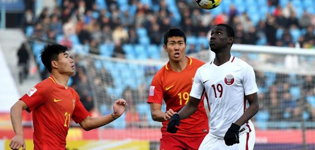 Bị loại cay đắng, cầu thủ Trung Quốc đòi 'xử' trọng tài 3