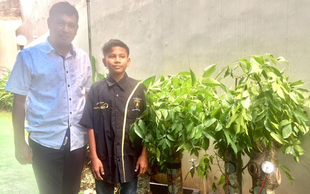 Kisah Naufal Raziq, Bocah asal Aceh Penemu Energi Listrik dari Pohon Kedondong