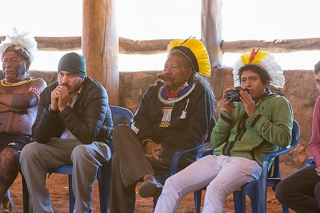 Payakan e Raoni abordam políticas indigenistas durante Aldeia Multiétnica