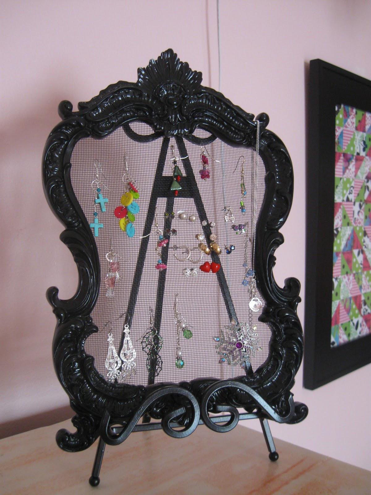 Dens gens Creatifs: Converting a Dresser Mirror to an ...