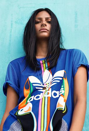 Farm e Adidas Originals quarta coleção t-shirt estampa Tukana