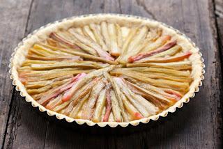 Rabarbarų pyragas su pudingu