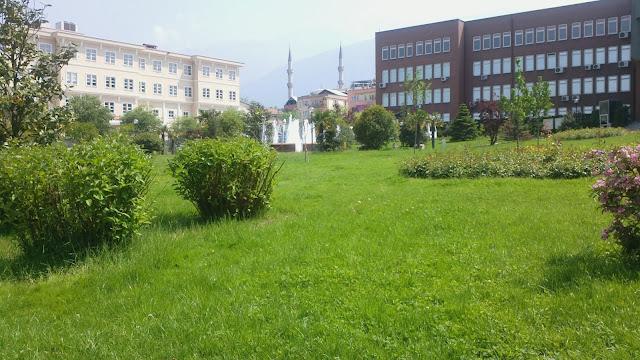 bursa yıldırım belediye önü ve kaymakamlık binası ön cephe