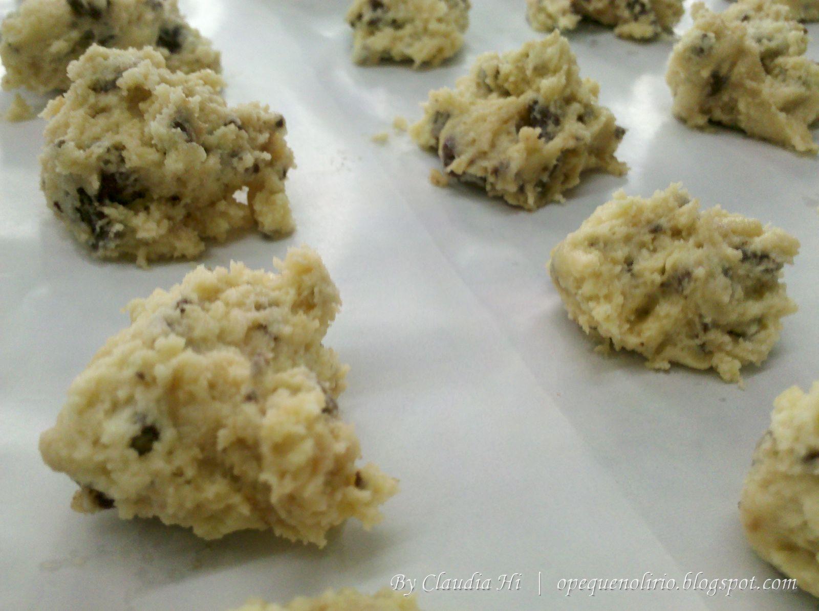 Receita de Cookies com Gotas de Chocolate fácil