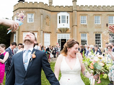 10 Ways To Personalise Your Wedding!