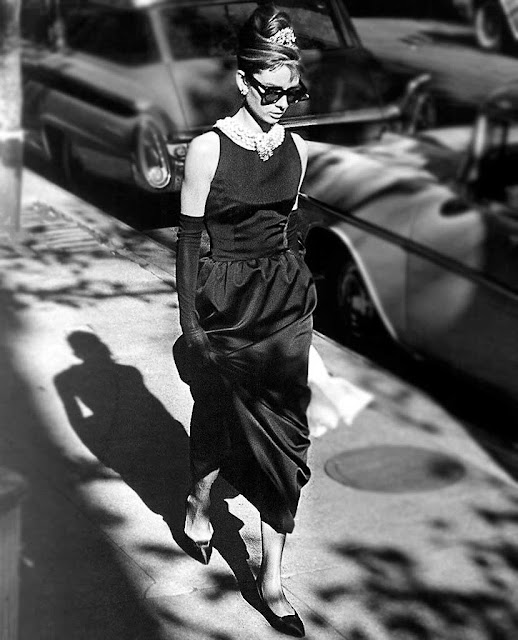 vestido preto Givenchy