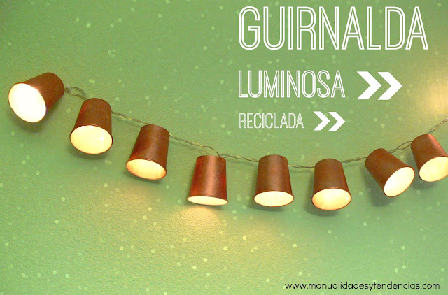 Guirnalda luminosa reciclada