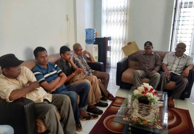 Pertanyakan Kasus Dana Desa, Warga Datangi Kejari Aceh Utara