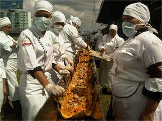 Lo lograron, prepararon en Barquisimeto la hallaca más larga del mundo