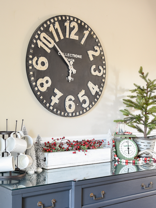 Christmas home tour, christmas, modern farmhouse, holiday home , Classic christmas, Christmas tree, dining room