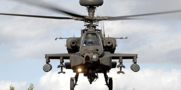 Helikopter Apache AH-64