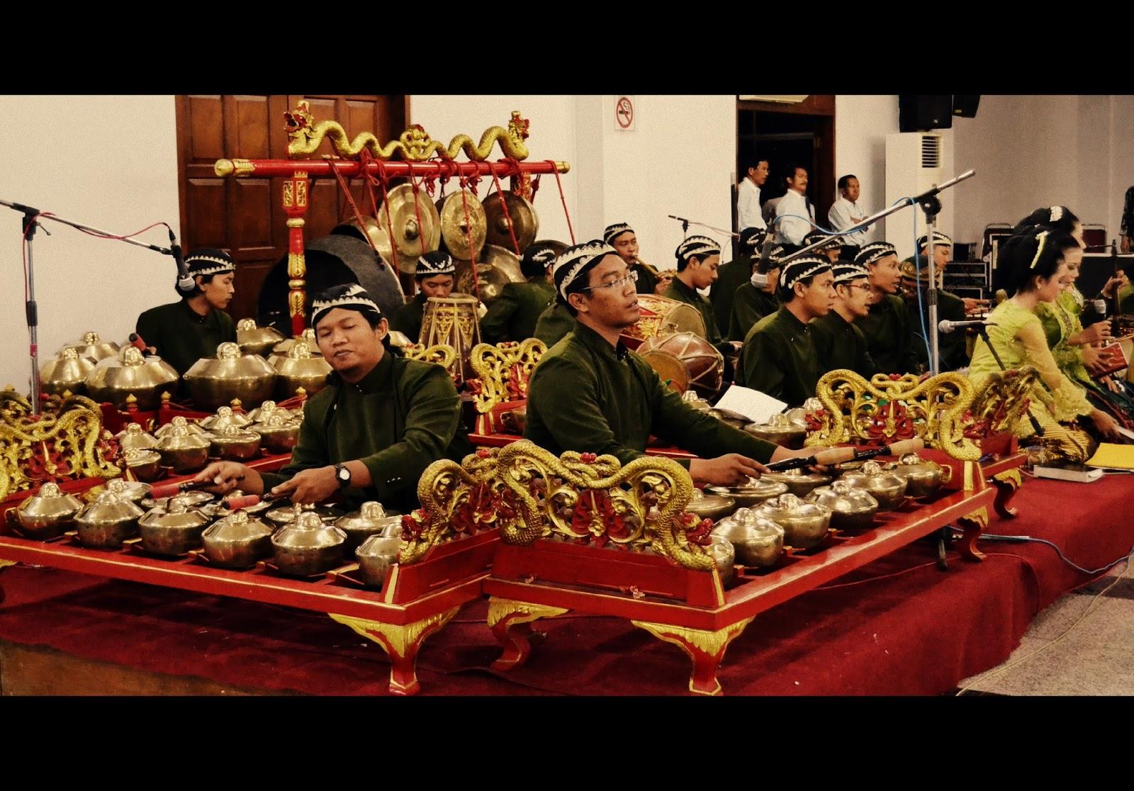 Karawitan Kesenian Musik Tradisional Jawa  Negeriku Indonesia
