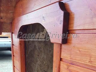Cusca de caine din lemn model BAXTER
