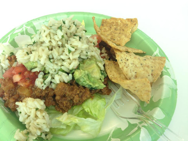 The day Chipotle started making cilantro lime BROWN rice was the best day ever! You can enjoy this Copy Cat: Cilantro Brown Rice without leaving home!
