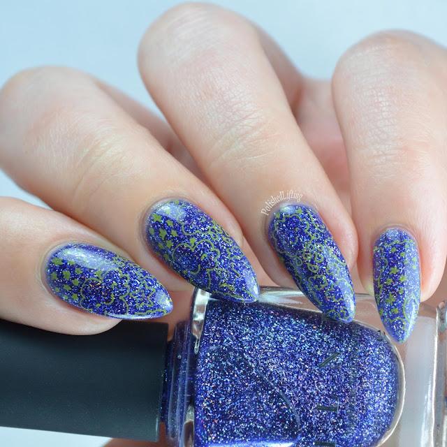 happy cloud nail art
