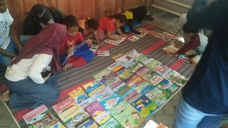 Perpustakaan Unik Ini Sukses Mendongkrak Minat Baca Generasi Muda