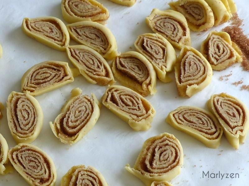 Découpez des tranches de pâte.
