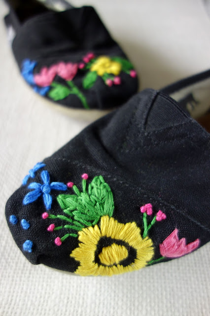 TOMS diy embroidery, hand embroidery on shoes, floral embroidery on shoes