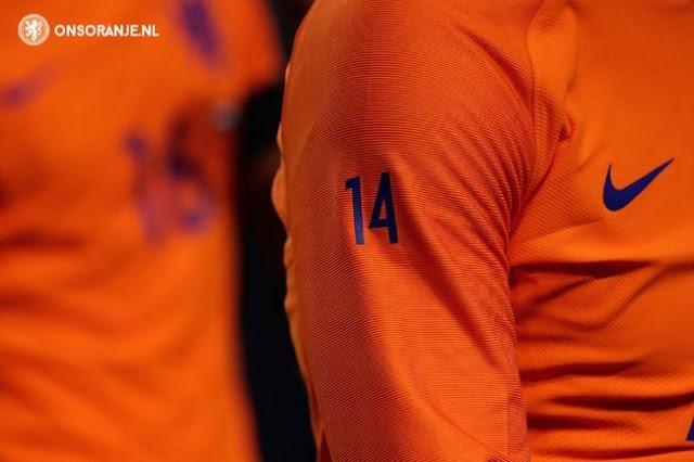 Nike se adueña del tributo a Cruyff